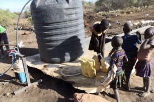 华腾集团为非洲居民建造便民设施